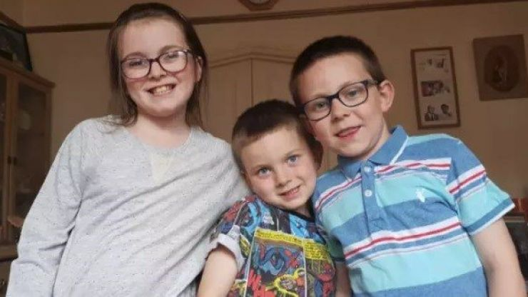 London police issue appeal for three missing children who may have been brought to Ireland