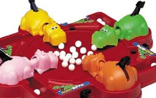 Manchester United player breaks Guinness World Record for Hungry Hungry Hippos on US tour