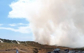 PHOTOS: Irish beach evacuated as fire breaks out on sand dunes