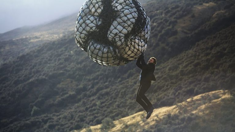 """""""We dropped Tom out of a helicopter..."""" - the stunt coordinator for the Mission: Impossible movies has some great stories"""