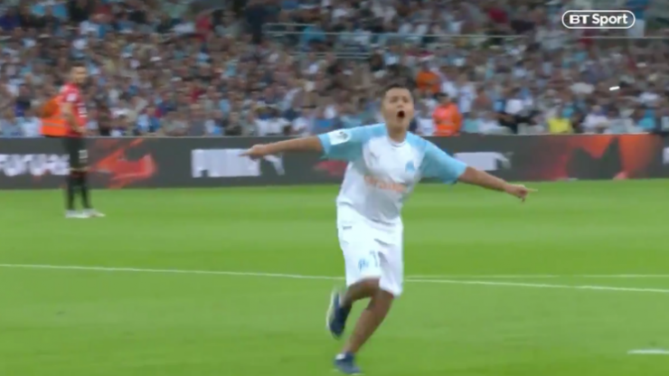 WATCH: Young fan absolutely takes the piss during ceremonial kick-off, and it's glorious