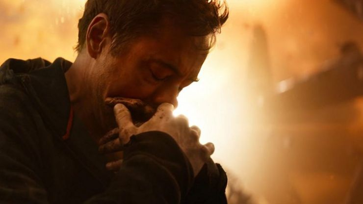 An actor spotted on the set of Avengers 4 may have finally proved a big theory about the upcoming movie is true