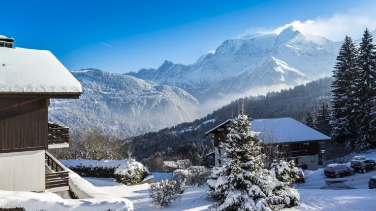 The maximum avalanche alert has been issued for the French Alps due to Storm Eleanor