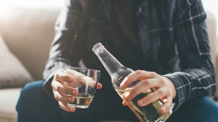 """Warning against """"ocean of alcohol"""" consumed in Irish homes during pandemic"""