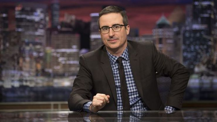 John Oliver passionately tears into Donald Trump's infamous wall, four years later