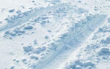 "Met Éireann issues Status Yellow weather warning regarding ""falls of snow and sleet"""