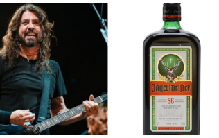 Foo Fighters singer Dave Grohl has a very intense drinking routine before any gig
