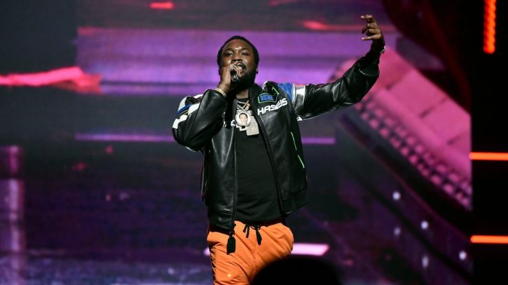 WATCH: Meek Mill rap over the now iconic beat that Drake dissed him on