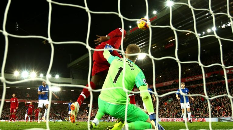 The Football Spin on Jordan Pickford's crossbar challenge, Ireland's road to Euro 2020 glory and Mourinho's long march to the Old Trafford exit