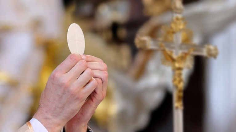 QUIZ: Kneel or no kneel: How well do you know Mass?