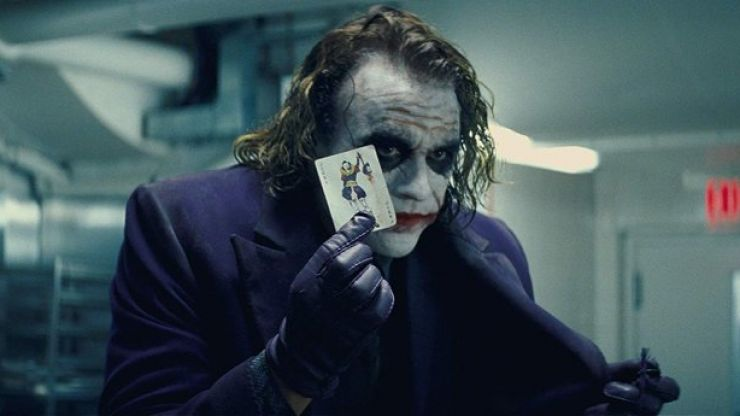 Here's how they did the infamous Joker pencil trick in The Dark Knight