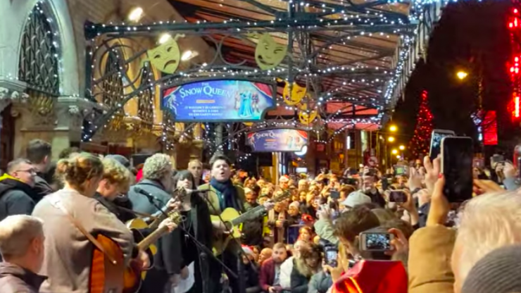 WATCH: Damien Rice, U2, Imelda May and more perform at Dublin's annual Christmas Eve busking session