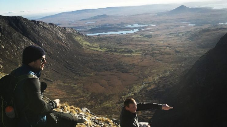 Hiking along the spectacular Maamturks in Connemara