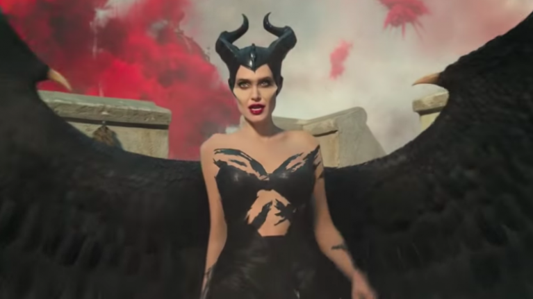 Trailerchest Angelina Jolie Is More Wicked Than Ever As
