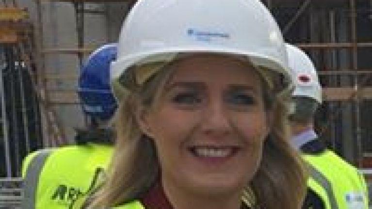 Fine Gael TD Maria Bailey drops her claim against hotel where she fell off a swing