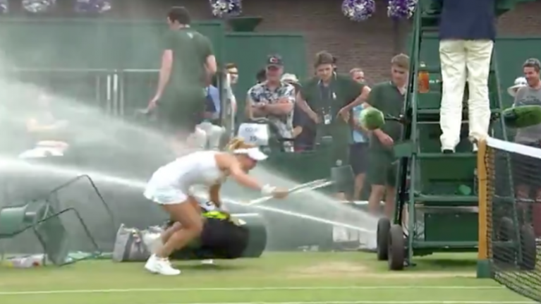 Rogue sprinkler at Wimbledon causes chaos on court