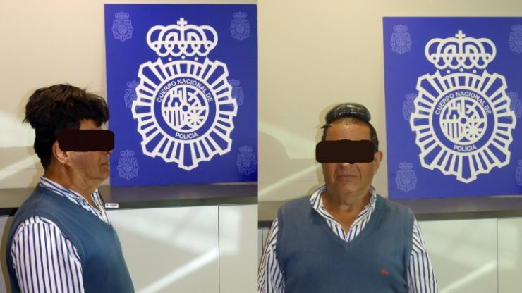 Man arrested at Barcelona Airport for smuggling cocaine under world's most obvious wig