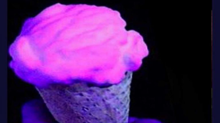 Cork ice-cream makers create Glow-In-The-Dark ice-cream
