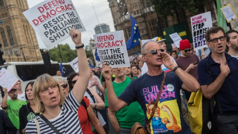 Thousands protest in the UK following suspension of Parliament