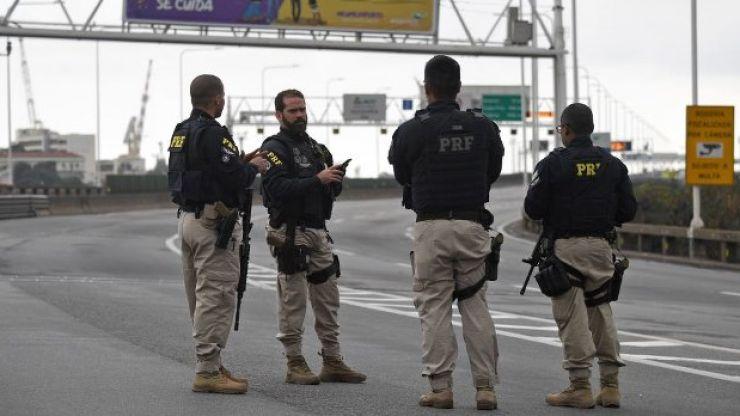 Bus hijacker shot dead by police in Brazil