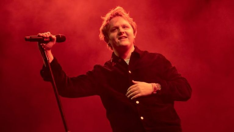 WATCH: Lewis Capaldi belts out 'Someone You Loved' on the Late Late
