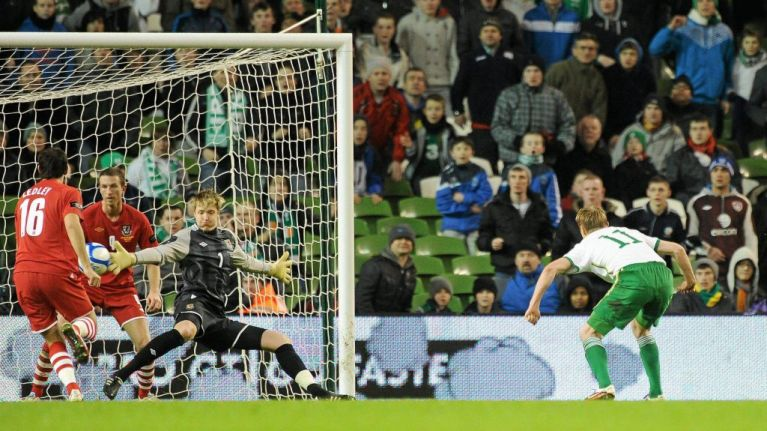 Crystal Palace goalkeeper denies making Nazi salute in Instagram photo
