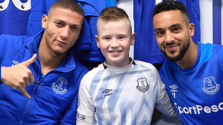 WATCH: Young Irish Everton fan goes to see his first game and has the time of his life