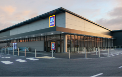 Aldi announces 500 new jobs and introduction of new Living Wage for employees