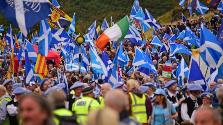 Thousands take to the streets in Edinburgh for Scottish independence