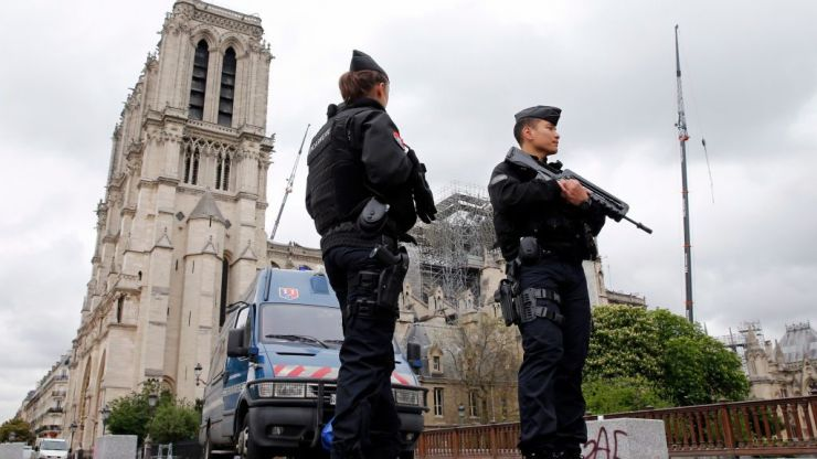 Four officers killed by co-worker in Paris police headquarters