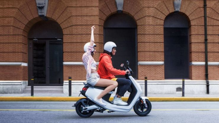 Irish company launch new emission-free electric mopeds to combat traffic congestion