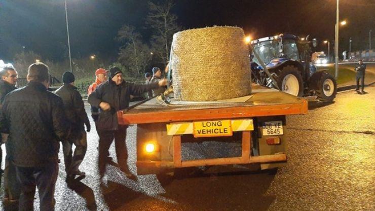 Irish Farmers' Association stage blockade at Aldi distribution centre over beef prices