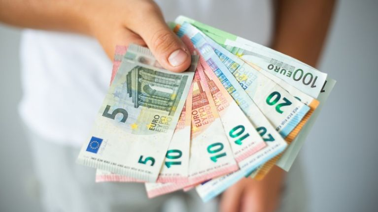 Two in five Irish professionals are dissatisfied with their salary