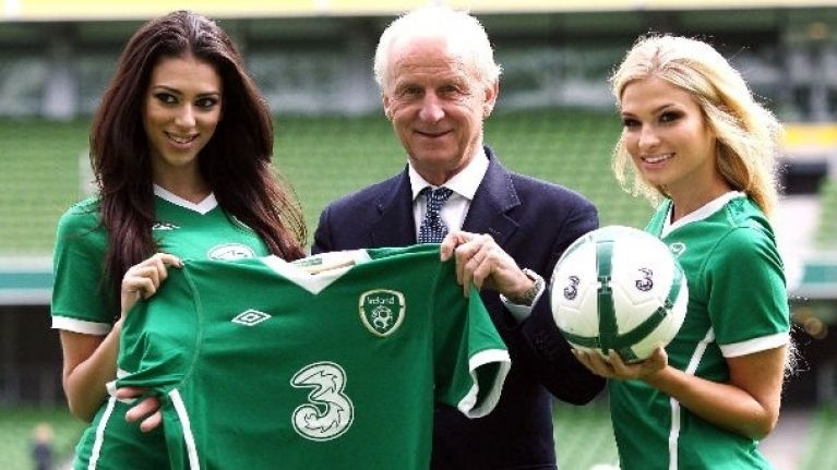389bfcb0f9b 3 Mobile become new sponsors of Irish football team