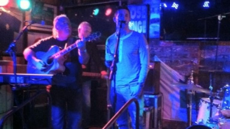 Video: Robbie Keane singing Garth Brooks in Malahide last night