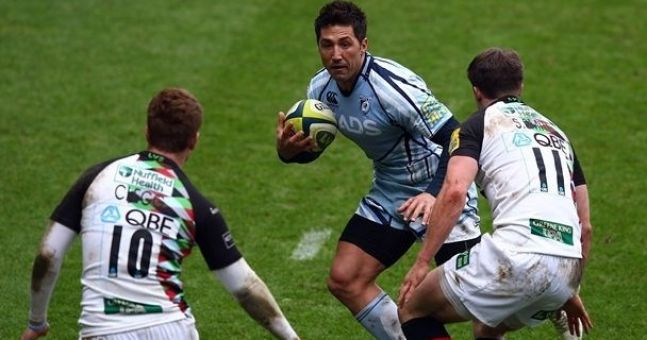 Gavin Henson flies into trouble. Again