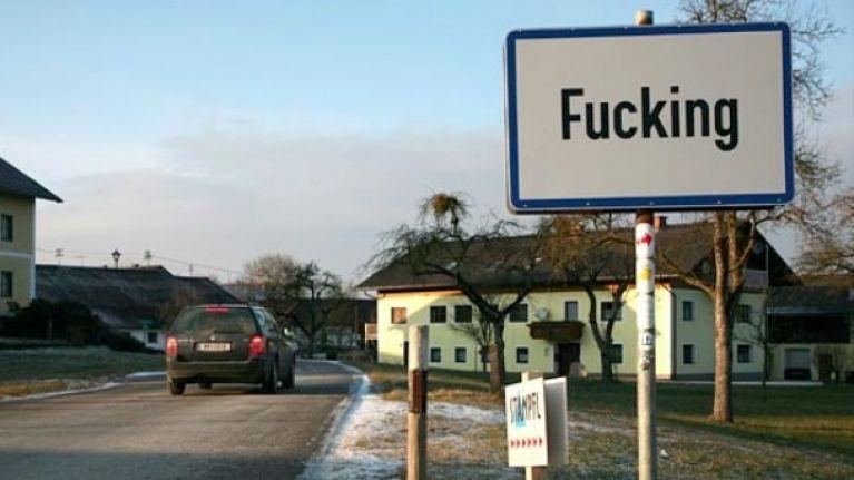 Resultat d'imatges de town fucking