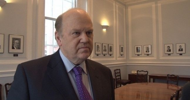 "Michael Noonan accused of being ""ignorant"" over remarks about Greece"