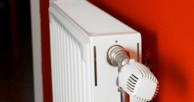 Five Minute Diy How To Paint A Radiator Properly