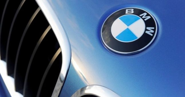 BMW drivers are the horniest... when it comes to using their horn