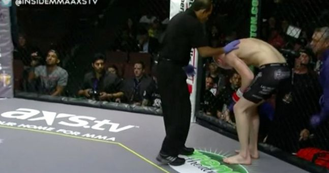 Video: MMA fighter taken out by vomit