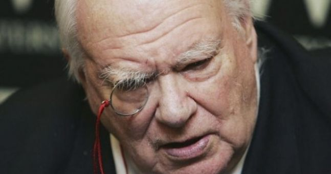 Video: The late Sir Patrick Moore playing The Prodigy's 'Firestarter' on the xylophone