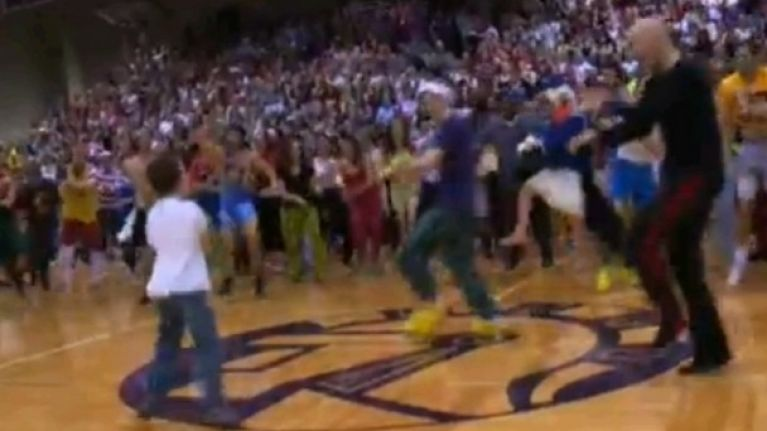 Video: The Silent Night College Basketball game looks like awful craic