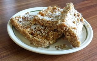 The Oat Meal: Make your own protein bars