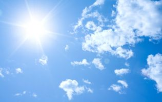 Great news as Met Éireann predicts scorcher – time to get on the hot pants everyone
