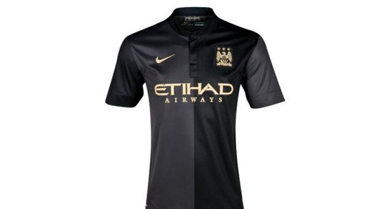 finest selection 9a3b8 e3360 Pic: Manchester City officially unveil slick new black away ...