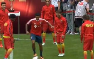 Thiago joins in Barcelona's pre-game tiki-taka routine before their friendly against Bayern Munich