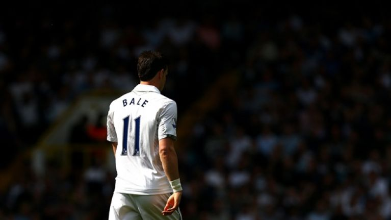 Hurry up already – Bale's delayed signing for Madrid means stage is taken down