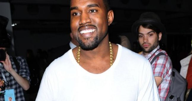 Kanye believe it!? One man's brilliant reaction to rapper selling plain white t-shirts for $120