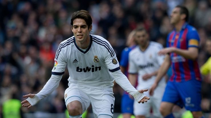 Pic: Kaka dwarfed by some of the biggest players in the world…this time in China